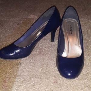 Comfort Plus by Prediction Blue Patent Heels 8.5
